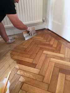 Wood floor finishes wood floor oil or lacquer finishes for Hardwood floor finishes