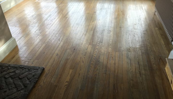 Oak floor before sanding and staining